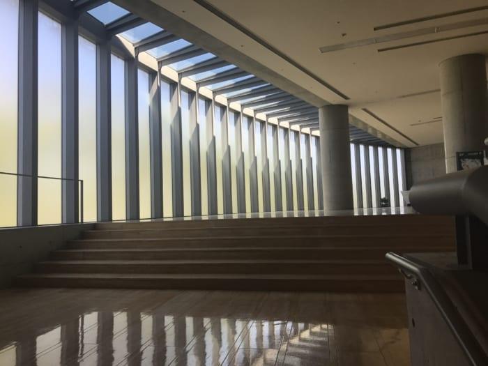 東海 ホール階段