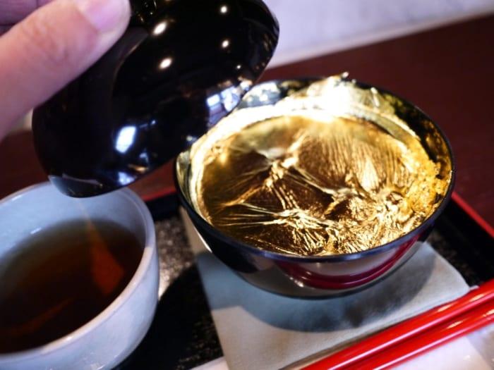 金沢で金箔スイーツをハシゴ