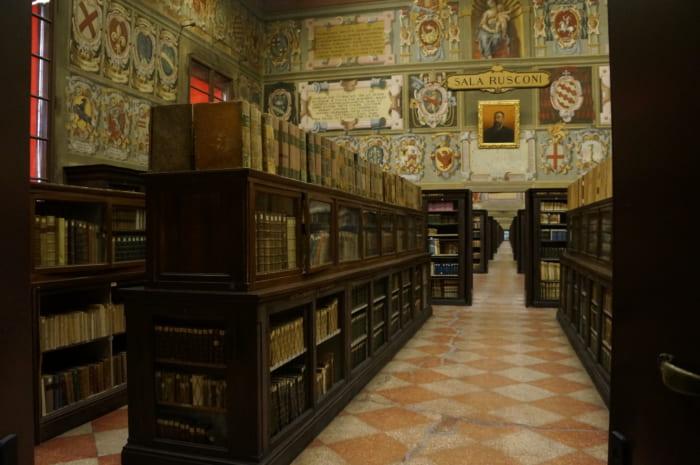 ボローニャ大学図書館