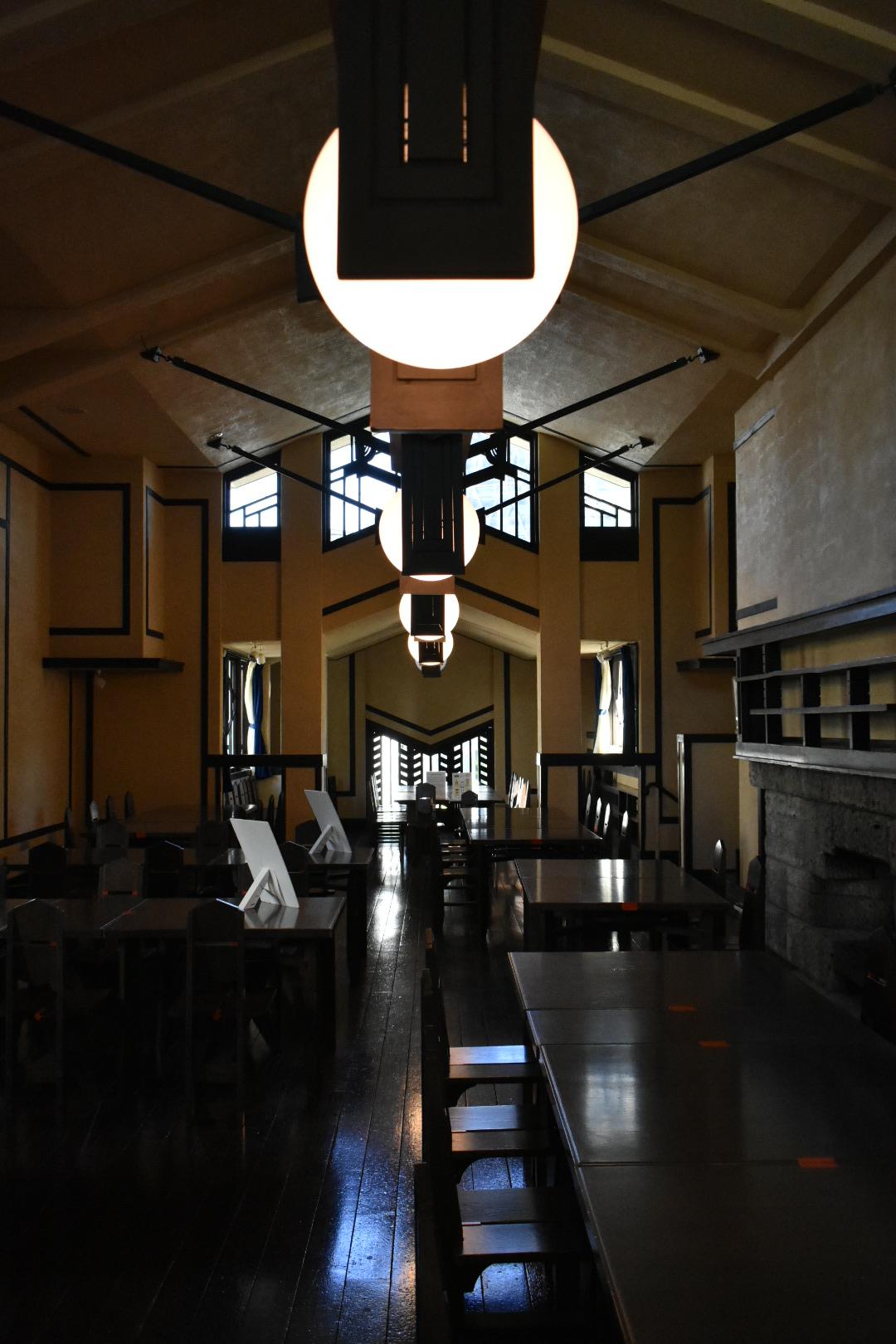 自由学園 食堂
